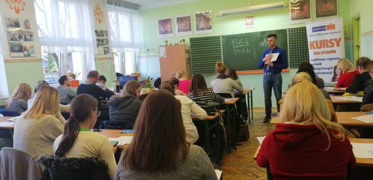 Jak wspomóc dziecko w uczeniu się. Bezpłatne warsztaty Akademii w Olsztynie